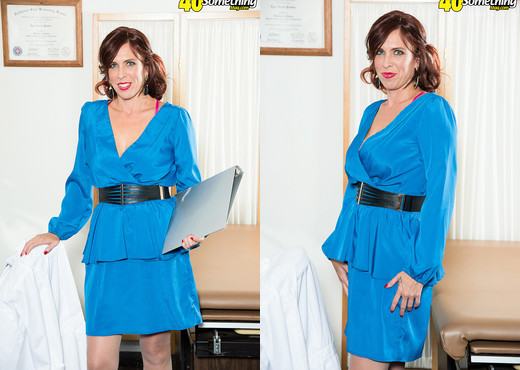 Susanna Adams - The Doctor Is In. Carlos Is In The Doctor. - MILF Sexy Gallery