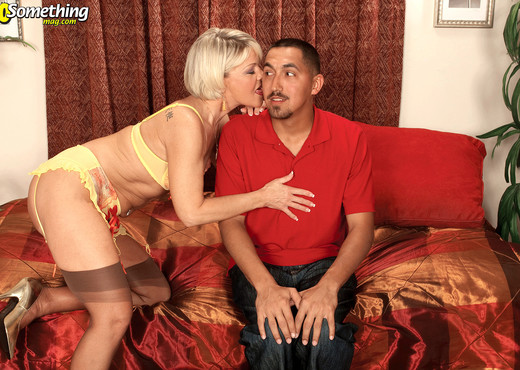 Miss Angelique Foxx - Fuck my old ass again! - MILF Sexy Gallery