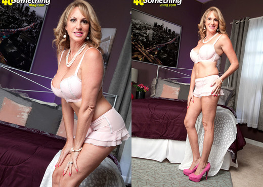 Annette Hotwife - Yes, Yes, Annette! - 40 Something Mag - MILF Nude Pics