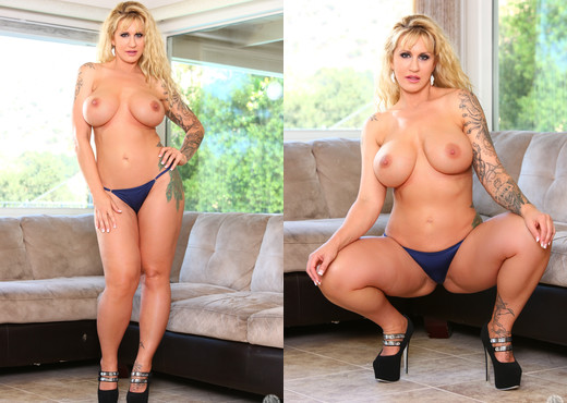 Ryan Conner - Mommy Blows Best - Blowjob HD Gallery
