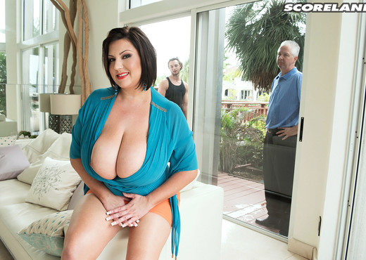 Paige Turner - Bangin' The Window Washer - ScoreLand - Boobs Nude Gallery