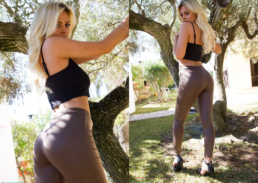 Danielle S - Danielle Leather - Skin Tight Glamour - Solo Nude Gallery