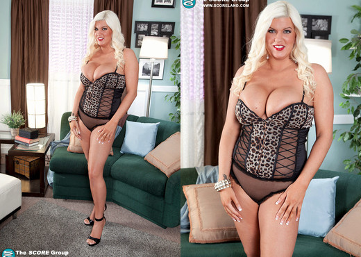 Jenna Jayden - Brickhouse Blonde - ScoreLand - Boobs Nude Pics