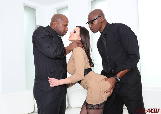 Kendra Lust Interracial Threeway - Arch Angel - Interracial TGP