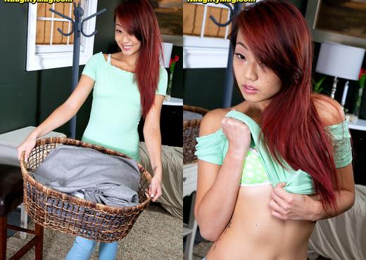 Layla Mynxxx - Dirty Laundry - Naughty Mag - Amateur Nude Pics