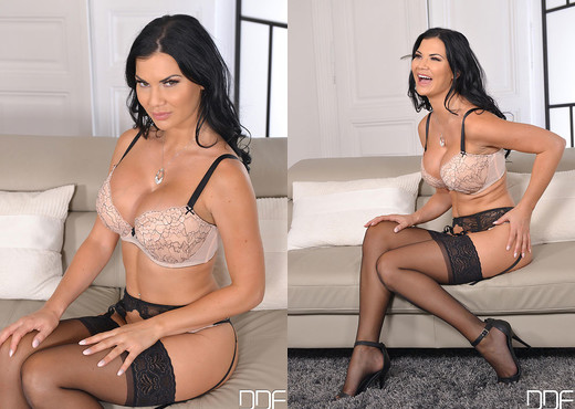 Titillating Tell All - Titties & Toys With Jasmine Jae - Toys Hot Gallery