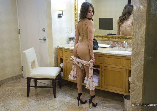 Riley Reid - Tonight's Girlfriend - Hardcore HD Gallery