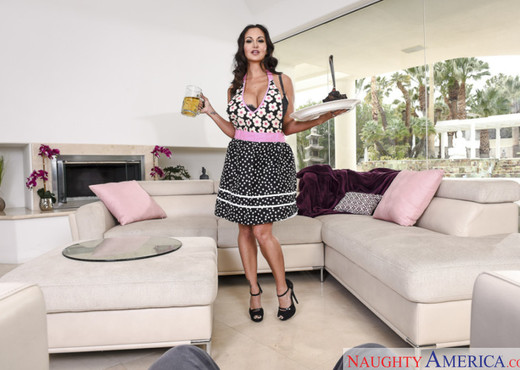 Ava Addams - Housewife 1 on 1 - MILF Image Gallery