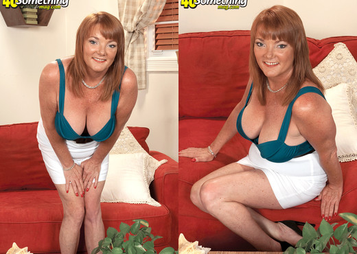 Lynn Belmont - Revenge Of The Big-titted Ex! - MILF Picture Gallery