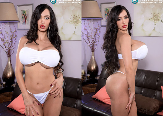Amy Anderssen - Fantasy Boob Star - ScoreLand - Boobs Hot Gallery