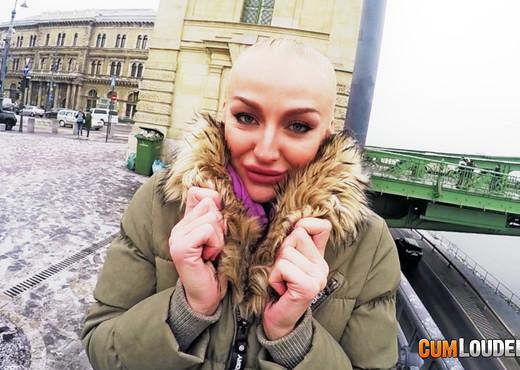 Kayla Green - Buda Fuckin Pest - Hardcore Nude Pics