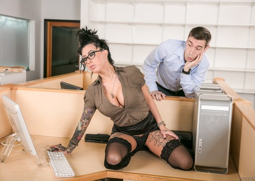 Lily Lane, Patrick Delphia - Big Tit Office Chicks #02 - Hardcore Nude Pics
