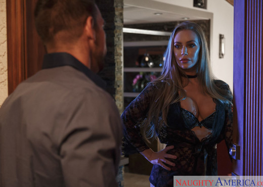 Nicole Aniston - Dirty Wives Club - Hardcore Nude Pics