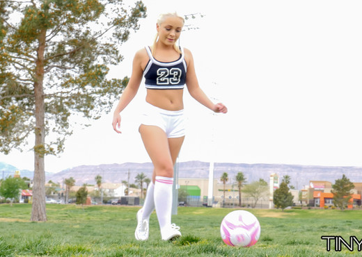 Cleo Vixen - Blonde Soccer Teen - Tiny 4K - Hardcore HD Gallery