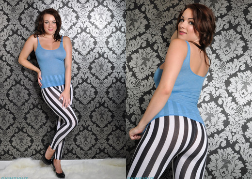 Penny Stripe Leggings - Skin Tight Glamour - Solo TGP