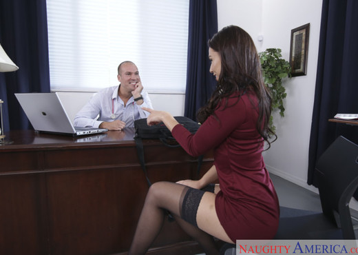 Aidra Fox - Naughty Office - Hardcore Porn Gallery
