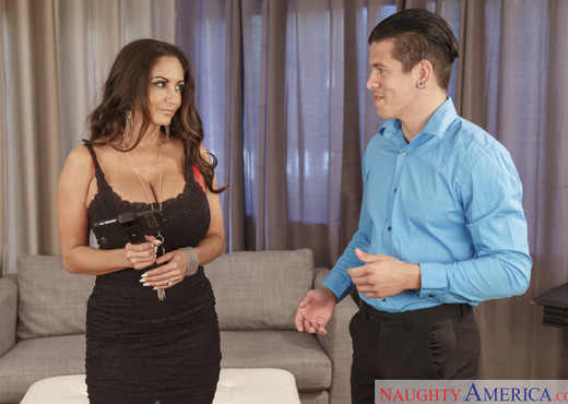Ava Addams - Dirty Wives Club - MILF Sexy Gallery
