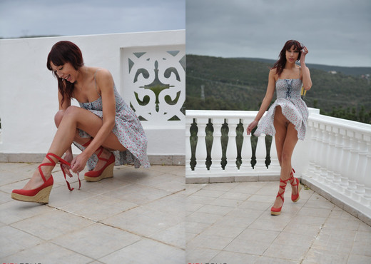 Distania - Wind Swept - Girlfolio - Solo Picture Gallery