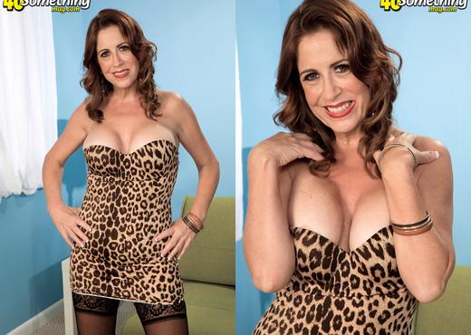 Karen DeVille - Look At What Karens Doing Now! - MILF Porn Gallery
