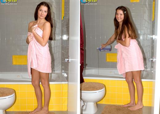 Kirin Desado - Naughty Bubble Bath - 18eighteen - Teen Sexy Gallery