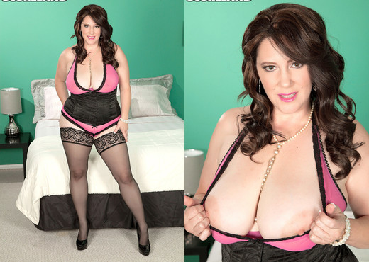 Jasmine Jones - Cum Loving Wife - ScoreLand - Boobs TGP