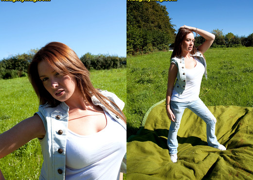 Kirsty - Bush at a Picnic - Naughty Mag - Amateur Hot Gallery