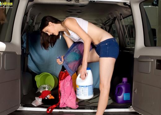 Molly Madison - Backseat Banging - 18eighteen - Teen TGP