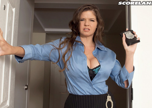 June Summers - Busted - ScoreLand - Boobs TGP