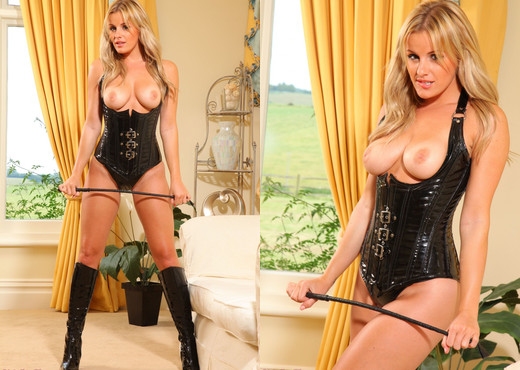 Amy Green - Ag Boobless - Strictly Glamour - Solo Hot Gallery