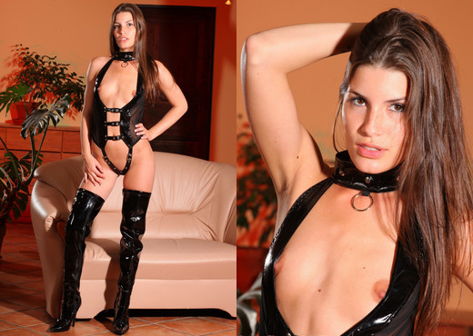 Sindy Black Pvc - Strictly Glamour - Solo Hot Gallery