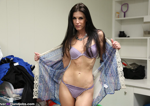 India Summer - Making My Step-Son Cum - Over 40 Handjobs - MILF Nude Pics