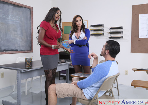 Ariella Ferrera & Diamond Jackson - My First Sex Teacher - Hardcore TGP
