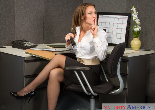 Callie Calypso - Naughty Office - Hardcore Nude Gallery
