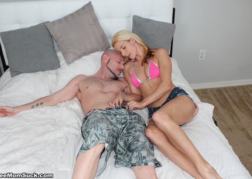 Shzanna East, Dani Dare - My Twisted Step Mom - Blowjob Nude Pics