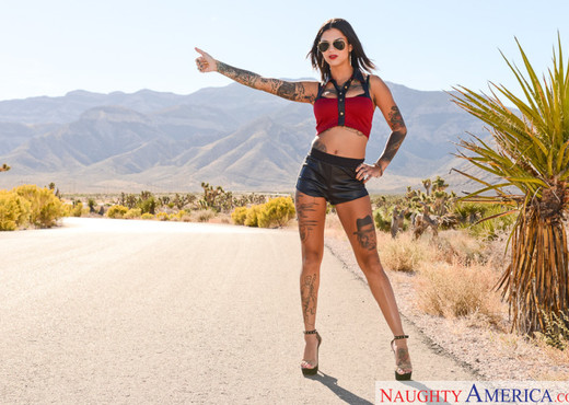 Bonnie Rotten - I Have a Wife - Hardcore TGP