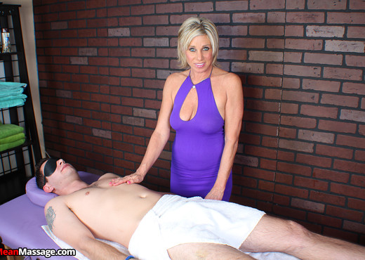 Payton Hall - Full Release with a Price - Mean Massage - MILF Sexy Gallery