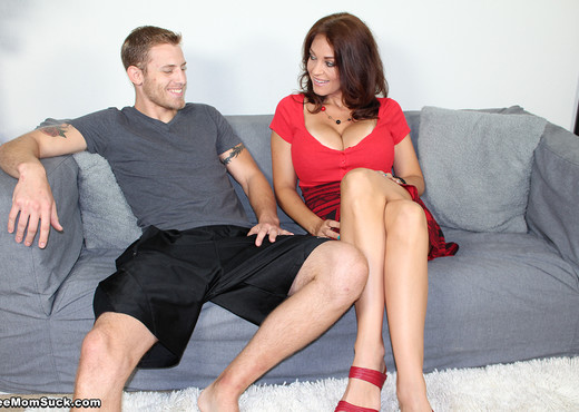 Charlee Chase - Fuck Moms Fun Bags - See Moms Suck - Blowjob Porn Gallery