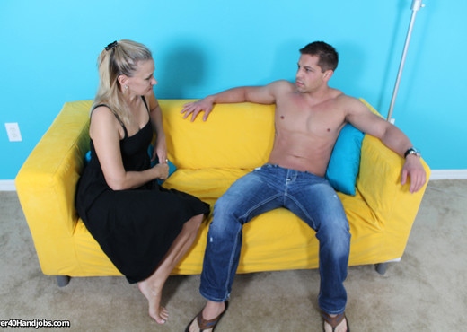 Valerie Rose - My Awesome Step Mom - Over 40 Handjobs - MILF Hot Gallery