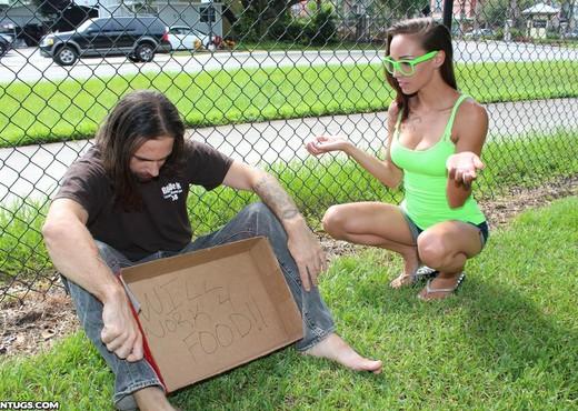 Sasha Foxxx - Helping The Homeless - Teen Tugs - Teen Sexy Gallery