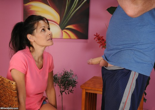 Trudy Lewis - I Finally Nutted On Aunt Trudy - MILF HD Gallery