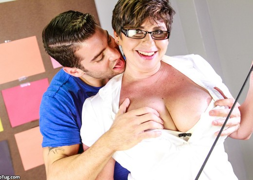 Kriss Kelly - Its Too Hard - ClubTug - MILF Porn Gallery
