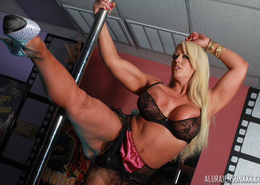 Alura Jenson Stripping For Kate Faucett - Lesbian Picture Gallery