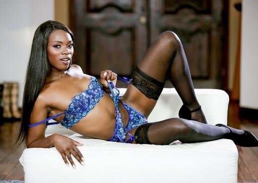 Ana Foxxx - I Like Black Girls #04 - Ebony Picture Gallery