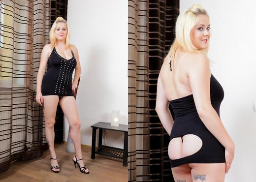 Paris Sweet - Big Breasted Beauties #06 - Interracial TGP