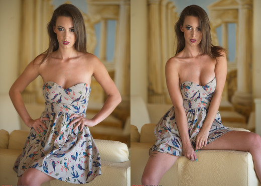 Lauren Louise - Blue Bird - Girlfolio - Solo Picture Gallery