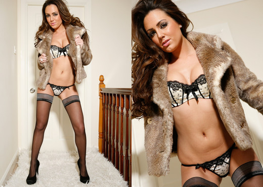 Jamie Jenkins - Fun With Fur! - More Than Nylons - Solo HD Gallery