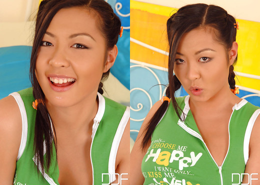 Courtney - Lollipop Lovin' Asian Style! - Asian TGP
