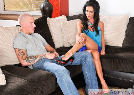 Jessica Jaymes - Neighbor Affair - Hardcore HD Gallery