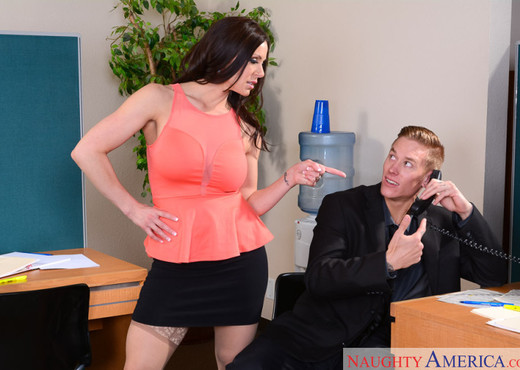 Kendra Lust - Naughty Office - Hardcore Nude Gallery