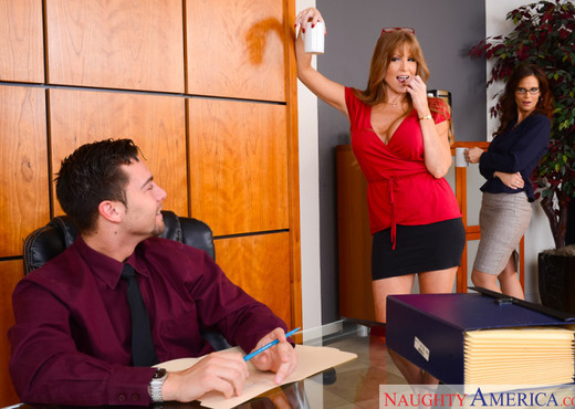 Darla Crane & Syren De Mer - Naughty Office - Hardcore Image Gallery
